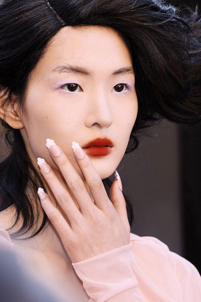Nails trends: joc de culori electrice