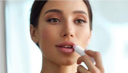 Cum sa iti pastrezi aspectul moale si sanatos al buzelor tale