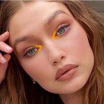 Summer trend: eyeliner nuanta mandarinei purtat de Gigi Hadid